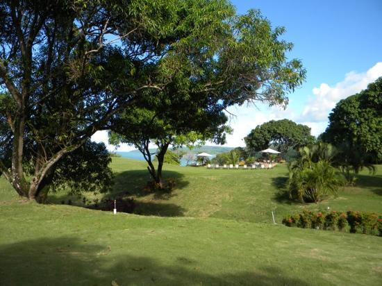Lomas de Caruao: desde la gran churuata...vista super espectacular