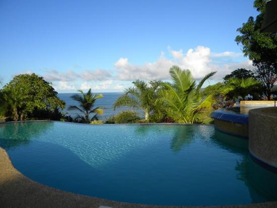 Lomas de Caruao: piscina para descansar