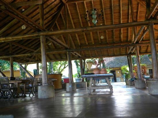 Lomas de Caruao: la gran churuata