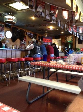 Wild Horse West: The bar