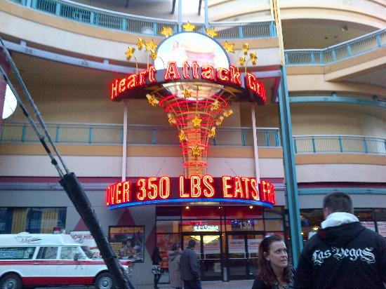 Heart Attack Grill: Over 350 lbs eat free!!!