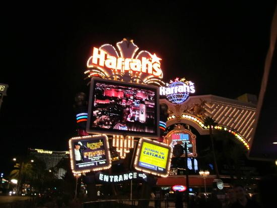 harrahs on the strip