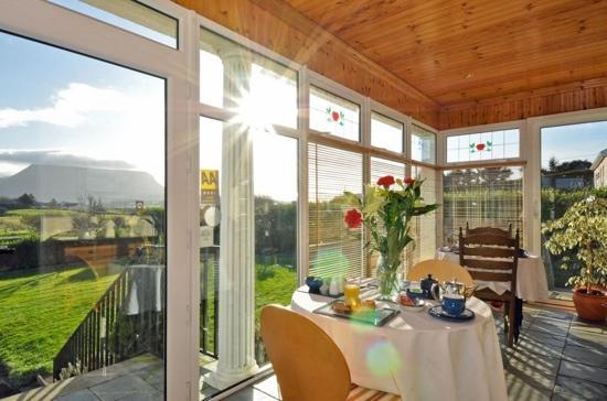 Rowanville Lodge: stunning views ...