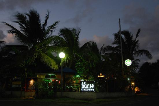 BZH Creperie: BZH Restaurant