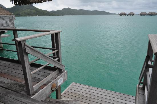 Four Seasons Resort Bora Bora: deck view