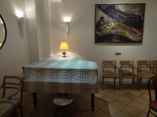 Photo of Hotel le Guitry Nice