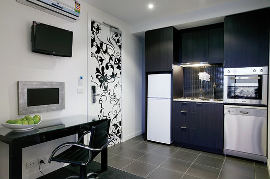 Punthill South Yarra Grand: Studio Kitchen