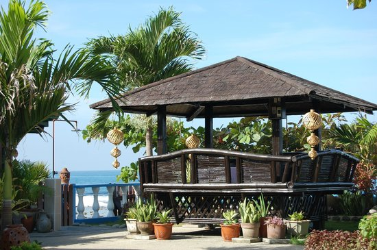 La Union Province, Filipinas: One of many dining areas