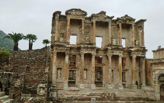 No Frills Ephesus Tours : Library of Celsus