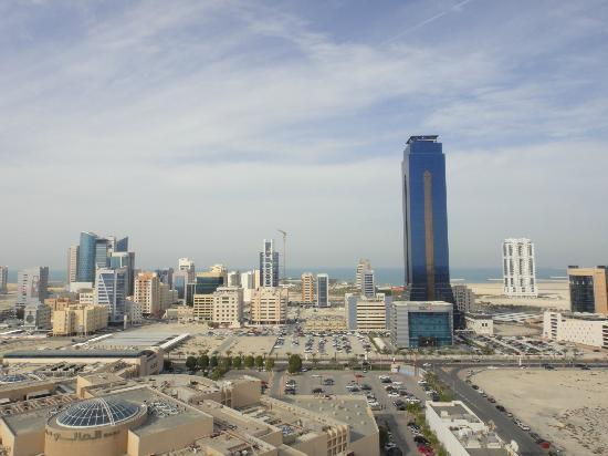 Mercure Grand Hotel Seef: Manama from this hotel