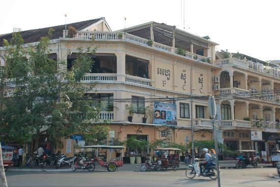 Cafe Fresco, Phnom Penh