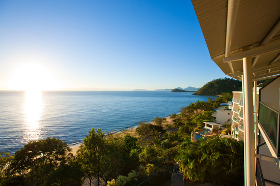 Amaroo at Trinity : The stunning ocean view from your private balcony