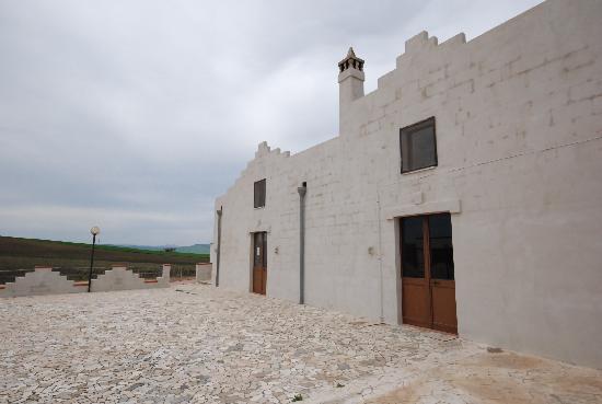 Cripta del Peccato Originale: Azienda vinicola F.lli Dragone - nei pressi della Cripta