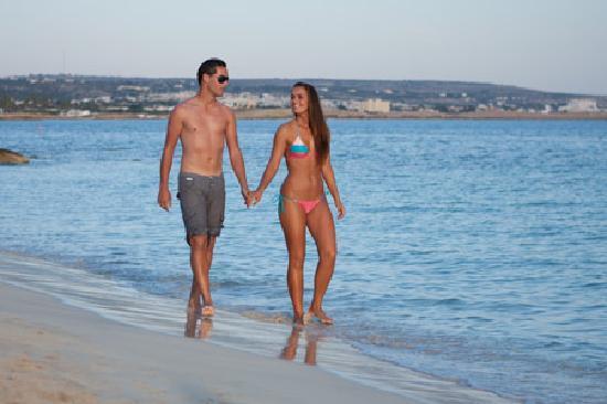Asterias Beach Hotel: Makronisso Beach 1