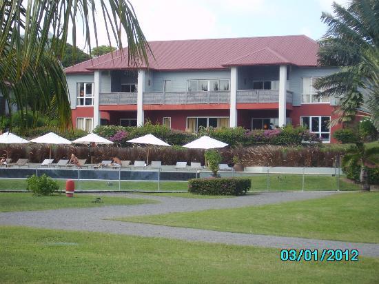 Le Cap Est Lagoon Resort & Spa: suite vue du parc