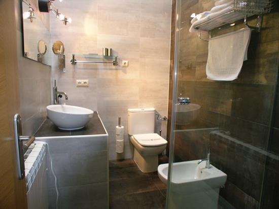 LA CASONA ENCANTO RURAL: Baño apartamento Colonial
