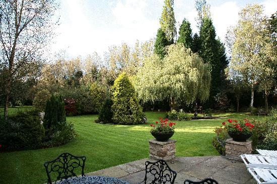 Kingsley Lodge: Gardens