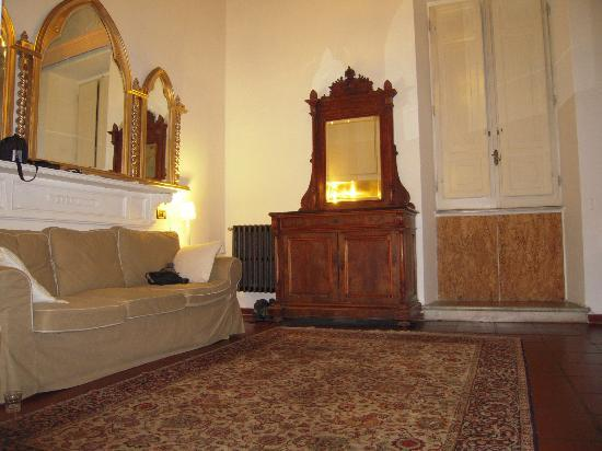 Ancient Trastevere Bed and Breakfast: inside suite