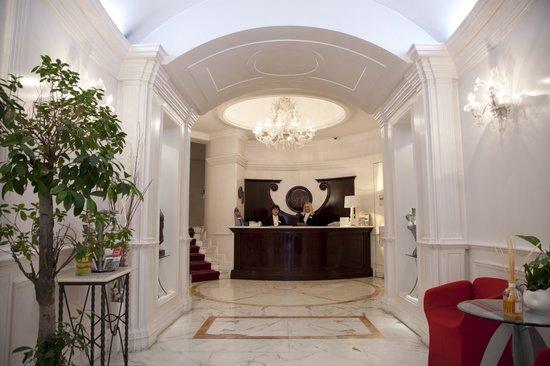 Gambrinus Hotel: Lobby 3