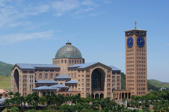 ‪‪Aparecida‬: The Basilica seen from the city of Aparecida‬