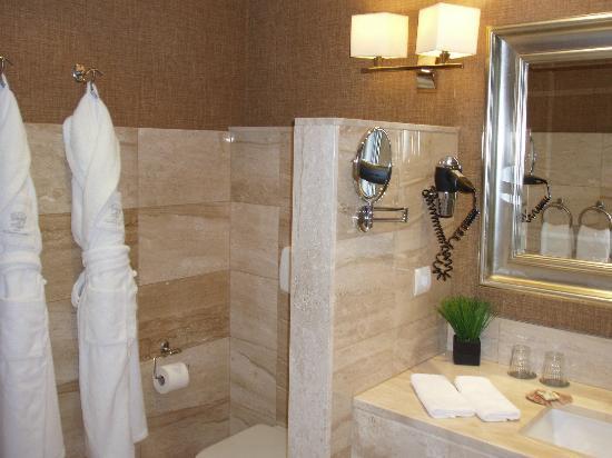 Hotel Spa Relais & Chateaux A Quinta da Auga: Cuarto de baño