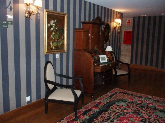 Hotel Spa Relais & Chateaux A Quinta da Auga: Pasillo