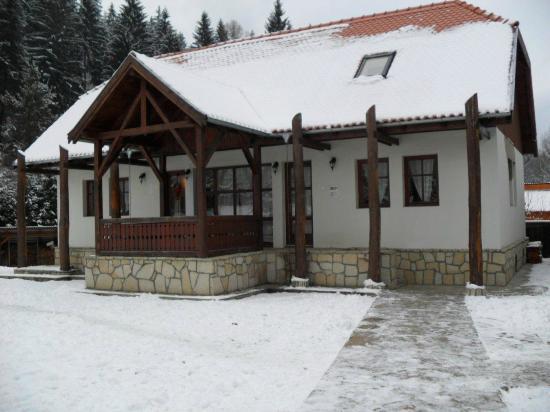Hanul Anselmo: Pittino house