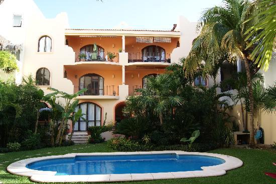 Residence La Coccinella : la piscina