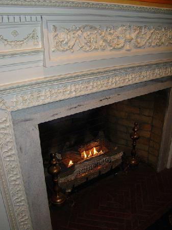 Glidden House: Fireplace