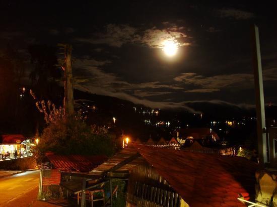 La Colonia Tovar, Venezuela: Luna Llena