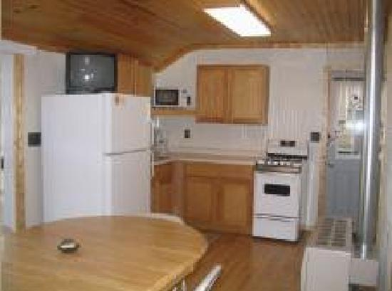"Lakeview Resort: ""Master"" Inside Cabin"