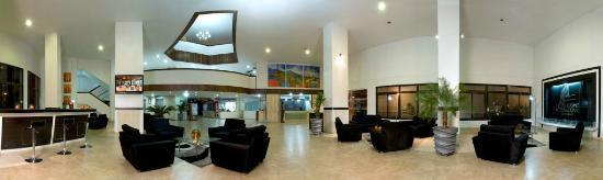 Hotel Casino Internacional: Lobby