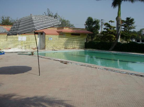 Oriental Palace Resorts : swimming pool