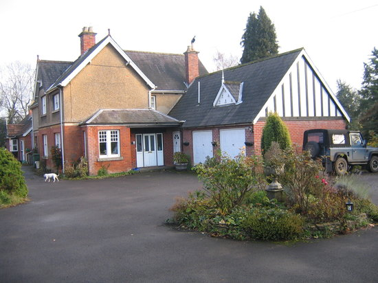 Garden House B&B: Front entrance