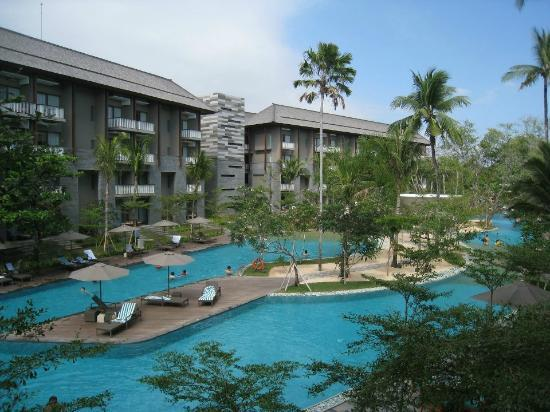 Pool Grounds Picture Of Courtyard By Marriott Bali Nusa