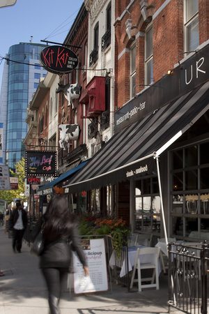 Toronto Entertainment District BIA: Dining Along King Street - Just east of John