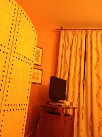 Hotel Vecchio Borgo: chambre