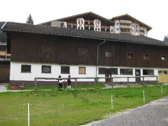 Kinderhotel Almhof: the ranch and the hotel at the back