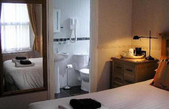 The Townhouse Rooms: Superior En-Suite