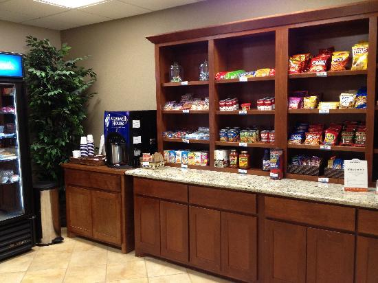 Candlewood Suites Plano East: Forgot something... Don't worry.. We may have it in our pantry.