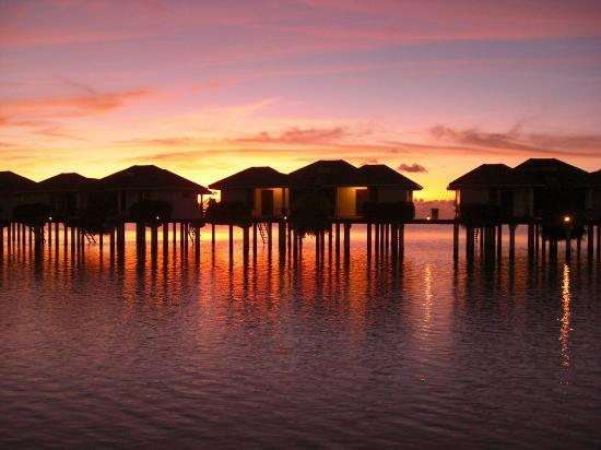 Sun Island Resort: Water Bungalow