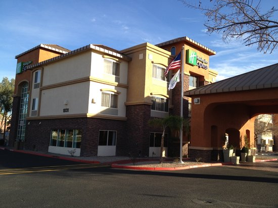 Holiday Inn Express & Suites Phoenix Tempe University : New in 2012
