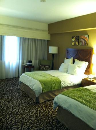 Phoenix Marriott Mesa: room 809