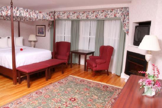 Quality Inn & Suites Downtown: Holland Grove House