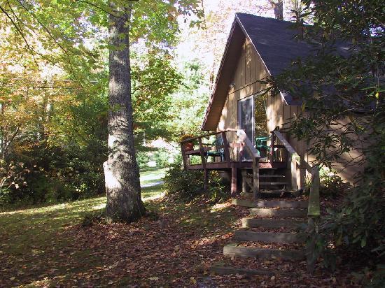 Alpen Acres Motel: The Chalet--Fall