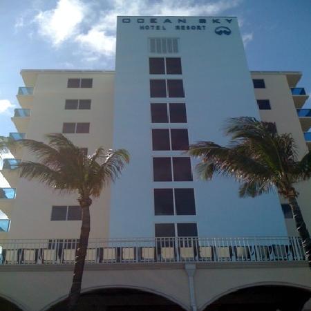 ocean sky hotel resort ft lauderdale fla picture of. Black Bedroom Furniture Sets. Home Design Ideas