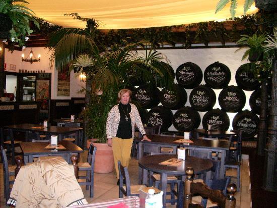 Bar El Patio Malaga Picture Of El Patio Bodega Malaga Tripadvisor