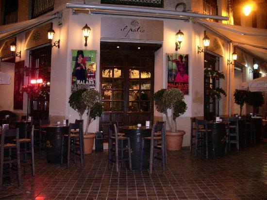 Foto de el patio bodega, málaga: bar el patio,malaga   tripadvisor