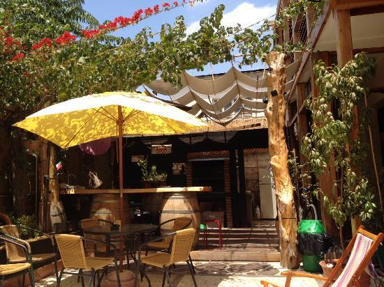 The Princesa Insolente Hostel: sunny patio!