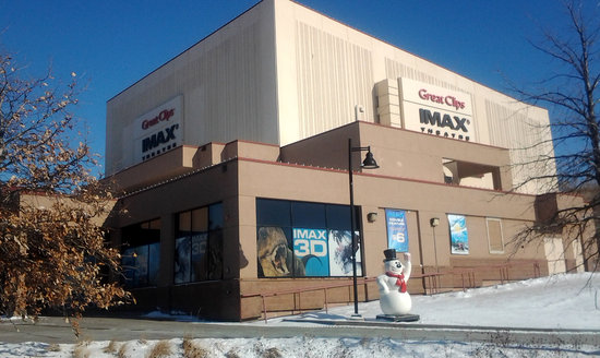 แอปเปิลเวลลีย์, มินนิโซตา: The Great Clips IMAX Theatre at the Minnesota Zoo - Home to Minnesota's largest movie screen.